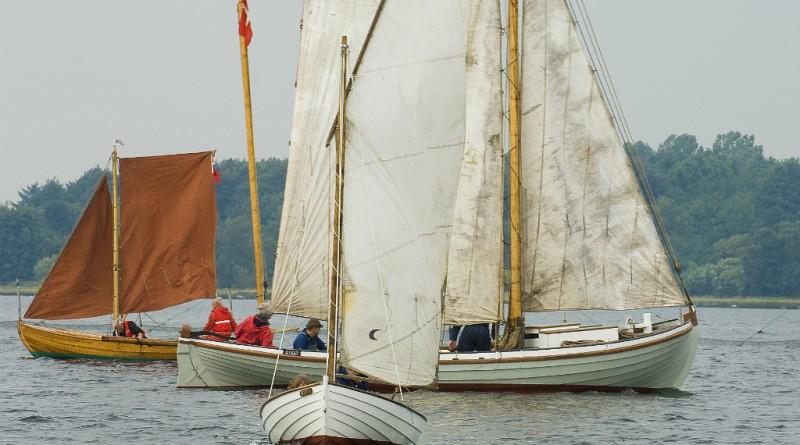 Fjordens træbåde mødes i Østby Havn