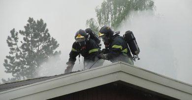 Varm kabeltromle muligvis skyld i sommerhusbrand